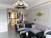 通城大酒店对面,豪华装修四房,带中央空调,品牌家具家电一应俱